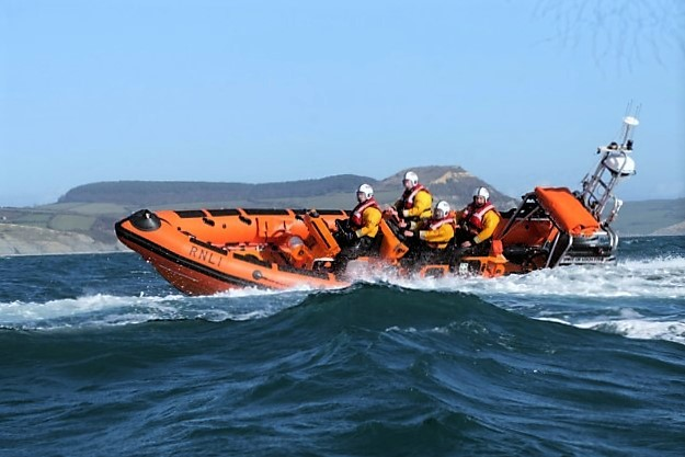 lifeboat-nr-west-bay